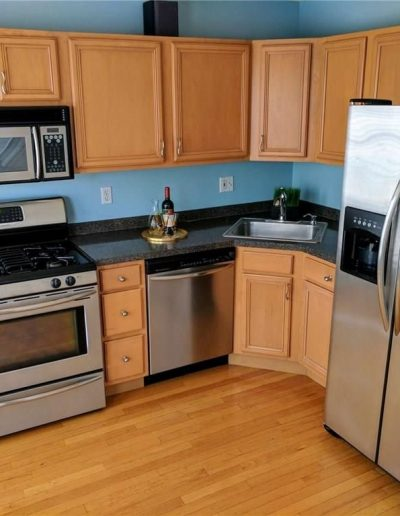 Kitchen Vacant Home Staging, Color Consultation, Redesign, Microstaging